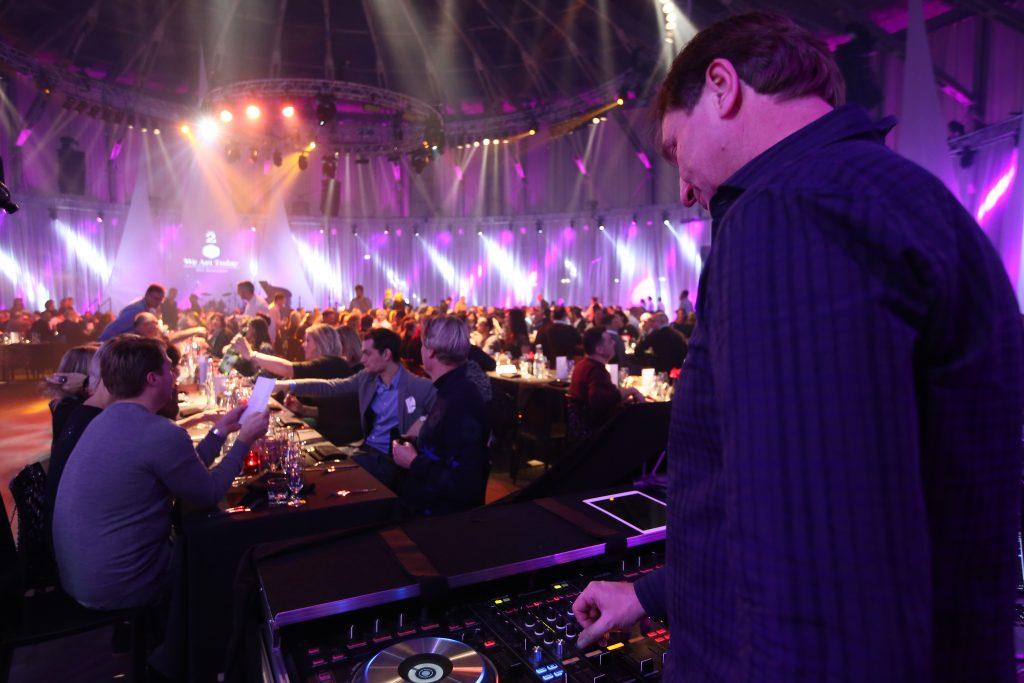 DJ Walter Sibret